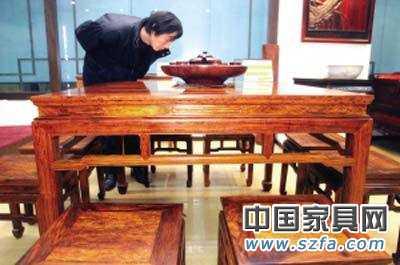"""红木家具""""白皮事件""""让中小企业提前一年死四成"""