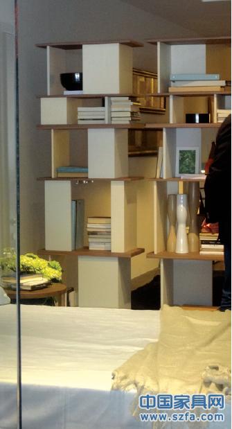 整体家居满足中小户型的家居布置需求,设计时尚小巧,兼顾整