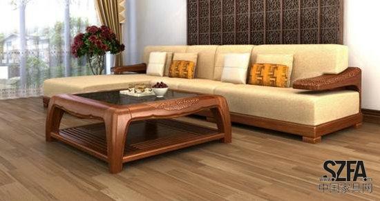 """本组客厅产品为新中式家具类型,在设计中融入了更多的""""天圆、地方""""的设计语言,在坐具的设计上结合当代人的起居习性,以多大体量的软包为主强化舒适性,并以线形流畅的实木扶手为框架进行结合,线与面的构造更显素雅,在茶几的设计上充分展现""""方圆相容,阴阳相济""""的易学思维,并结合以内嵌大理石台面,中式氛围中透漏出时尚现代之气息。"""
