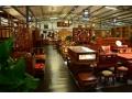 鲁木匠古典家居有限公司主要生产榆木家具跟实木家具!