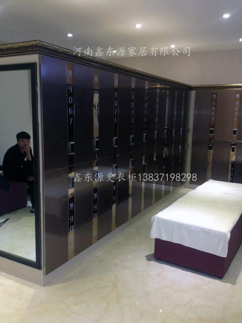 河南警方洗浴哹�j�n�_河南洗浴更衣柜